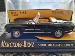 Miniatura Mercedes-Benz 300SL Roadster 1957