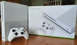 Título do anúncio: Xbox One S 1TB IMPECÁVEL