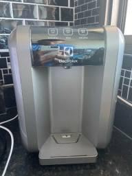 Título do anúncio: Purificador de água Electrolux completo semi novo