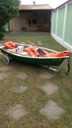 Vendo barco.de Fibra com pouco uso.