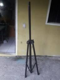 Pedestais de caixa de som
