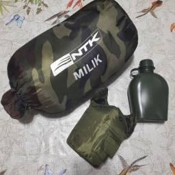 Saco de dormir + garrafa de água para camping (NOVO)