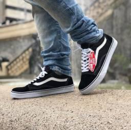 Adidas Superstar, Vans Old Skool...