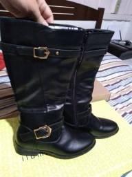 2 botas Moncity novas 34