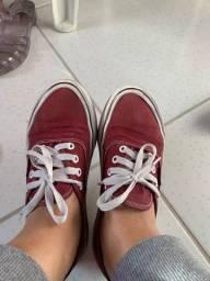 Vendo calçados usados VALORES NA DESCRIÇÃO