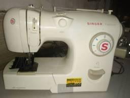 Maquina de costurar Singer fashion 450,00