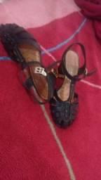 Sandália de couro Dakota