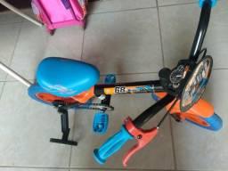 Bicicleta Caloi Hotwheels aro 12