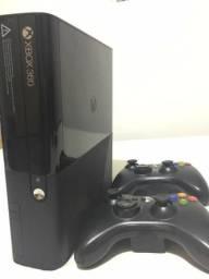Xbox 360 Super Slim - Travado - 2 Manetes - Mais de 20 Jogos!!!