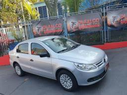 VW Voyage 1.0 completo 2010 - 2010