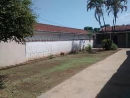 Aluga-se edícula com quintal - Jdm Portinari - Franca/SP