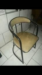 Cadeira almofada presidente ótimo estado