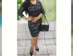 Vendendo vestido