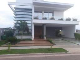 Casa linda em Condomínio Fechado Camboriú