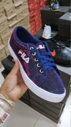 Sapatos Novos na caixa