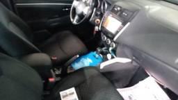 SUV Mitsubishi ASX - 2011