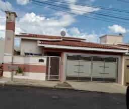 Título do anúncio: Casa em Bastos (SP) EXCELENTE LOCALIZAÇÃO!
