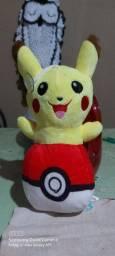 Pelúcia pikachu que canta!!!!