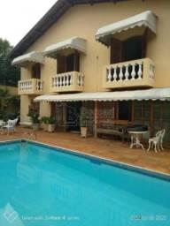 Casas de 6 dormitório(s) no Jardim Das Roseiras em Araraquara cod: 9944