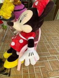 Vendo Minnie e a Bela da Disney