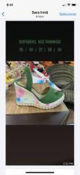 Variados tênis Anabella kit sandália com camisa da Minnie