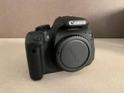 Câmera DSLR Cânon T5i + Lente 18-55