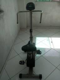 Bicicleta Ergométrica.