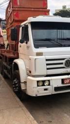 Vendo caminhão Poliguidaste