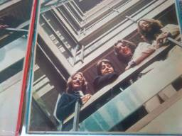 Vendo discos dos Beatles