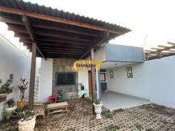 Título do anúncio: Casa no bairro Santa Cruz com 3 quartos sendo 2 suítes, churrasqueira e piscina