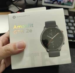 Título do anúncio: Relógio Amazfit GTR 2e (Classic/Sport) R$719,00