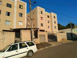 Apartamento em Almirante Tamandaré - Jd Graziela