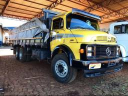 Título do anúncio: Caminhão Mercedez Benz MB 1313 6x2