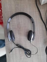Vendo Head phone e caixinha de som