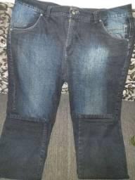 Calça masculina semi nova tamanho  52