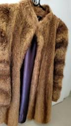 Título do anúncio: Casaco de Pele