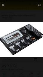 Pedaleira e sintetizadora GR55