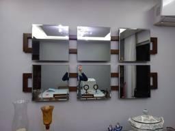 Título do anúncio: Duas peças de espelho decorativo com detalhes em madeira (impecável!)