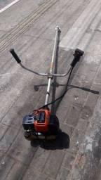 Título do anúncio: Máquina roçadeira profissional 63cc