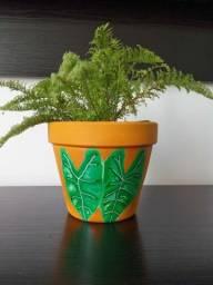Vasinhos de cerâmica decorado