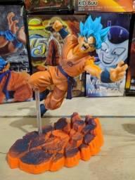 Action figures Goku blue e Golden Freeza