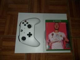 Xbox one S 1tb (Branco) preço negociável