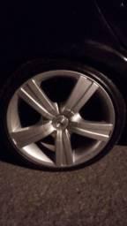 Aro com pneus 195 /40/ 17
