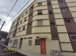 Título do anúncio: Apartamento com 1 dormitório, 30 m² - venda por R$ 150.000 ou aluguel por R$ 950/mês - Cen