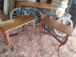 Aparador e duas mesas lateral