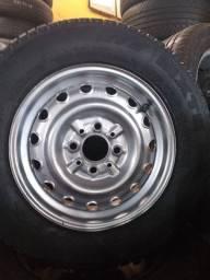 Jogo de roda montado Fiat 147
