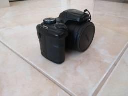Câmera Digital Fujifilm Finepix S8600. Zoom optico 36x !. Seminova