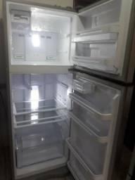 Geladeira Electrolux Frost Free, 427 litros