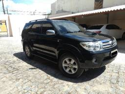 Toyota Hilux SW4 - 2011 - 2011