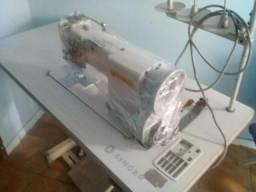 Maquina de costura 2 agulhas com desligamento
